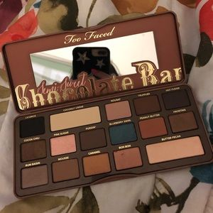 Never used too face chocolate bar palette